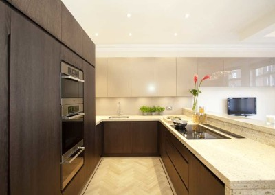 U Shaped Kitchen with Style